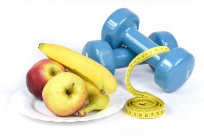 Еда - яблоки, бананы, гантели и сантиметр -это топ 3 важных аспектов для желающих похудеть, но не имеющих силы воли